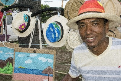 panama hat painter